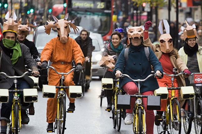 Animals march on sonic bikes (image Teddave)